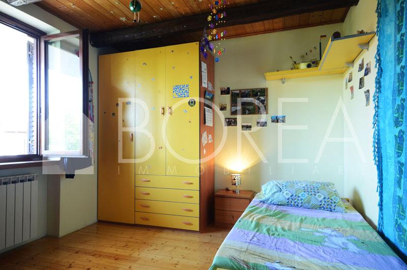 11_casa-due-appartamenti-bifamiliare