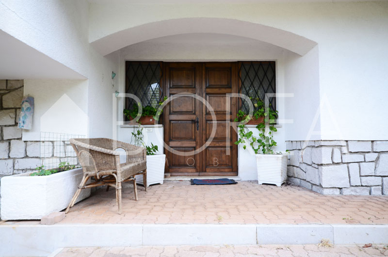 04_Duino_Aurisina_casa_con_giardino_entrata
