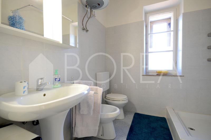 12_Duino Aurisina affitto_bagno con doccia