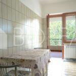 07_Duino_Aurisina_casa_con_giardino_cucina