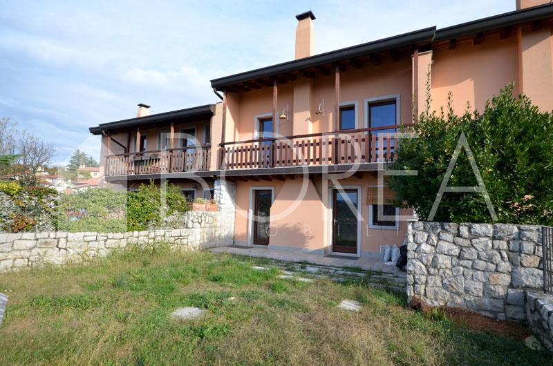 01_casa-con-giardino-vista-mare-Duino-Aurisina
