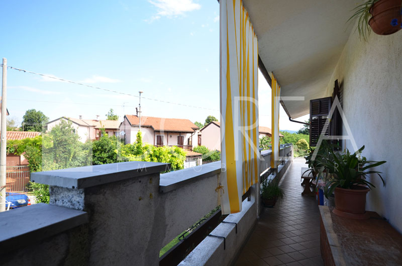04_casa-due-appartamenti-bifamiliare