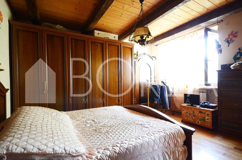 10_casa-due-appartamenti-bifamiliare