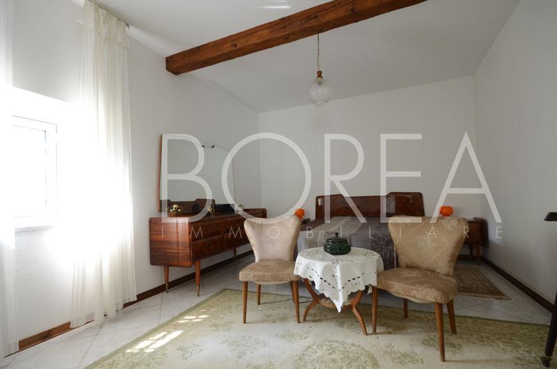 15_piano_terra_stanza_casa_con_giardino_duino_aurisina