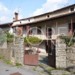 15_Duino Aurisina_casa_carsica_con_corte