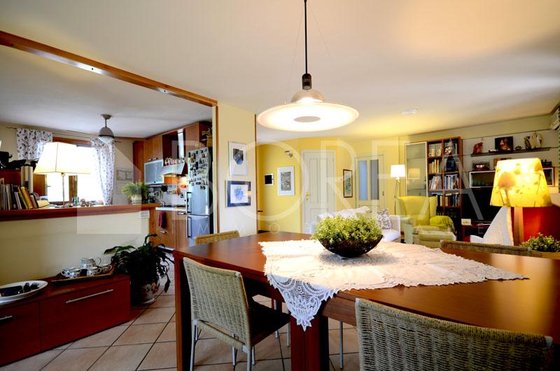06_soggiorno-cucina