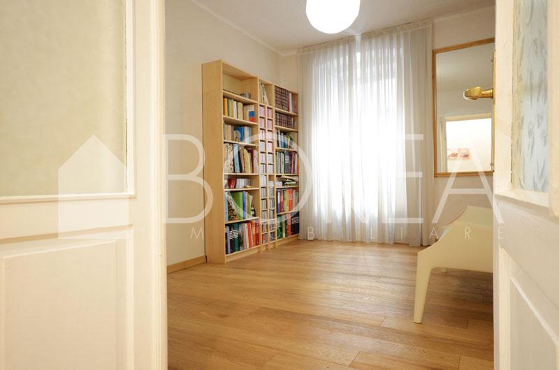 02_appartamento_ristrutturato_piano_ammezzato_trieste_vendita