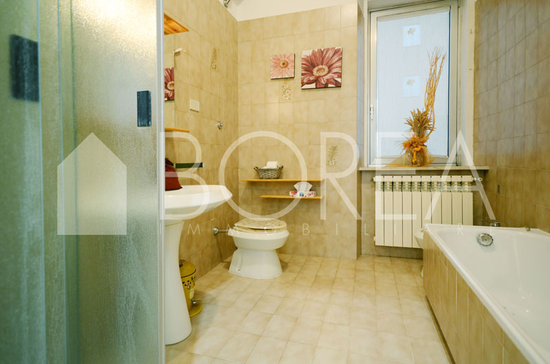 14_appartamento_ristrutturato_piano_ammezzato_trieste_vendita