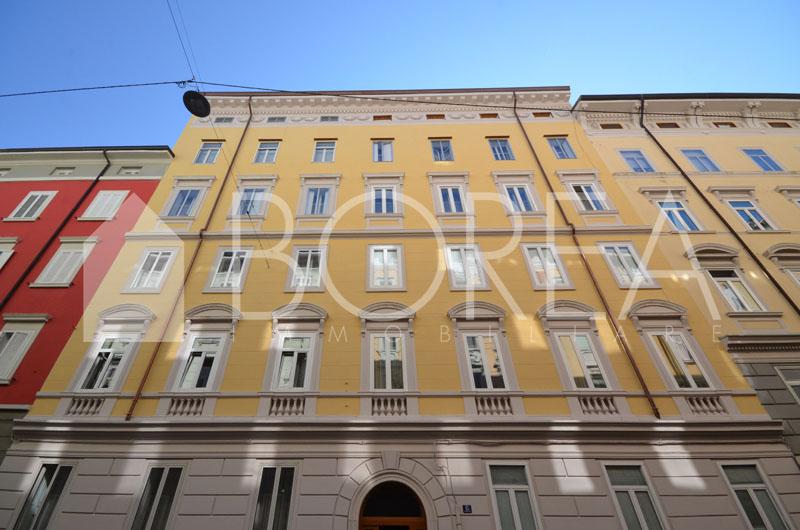 18_appartamento_ristrutturato_piano_ammezzato_trieste_vendita
