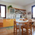 06_Duino-aurisina_casa_con_giardino_cucina