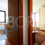 10_Duino-aurisina_casa_con_giardino_stanza_matrimoniale_bagno