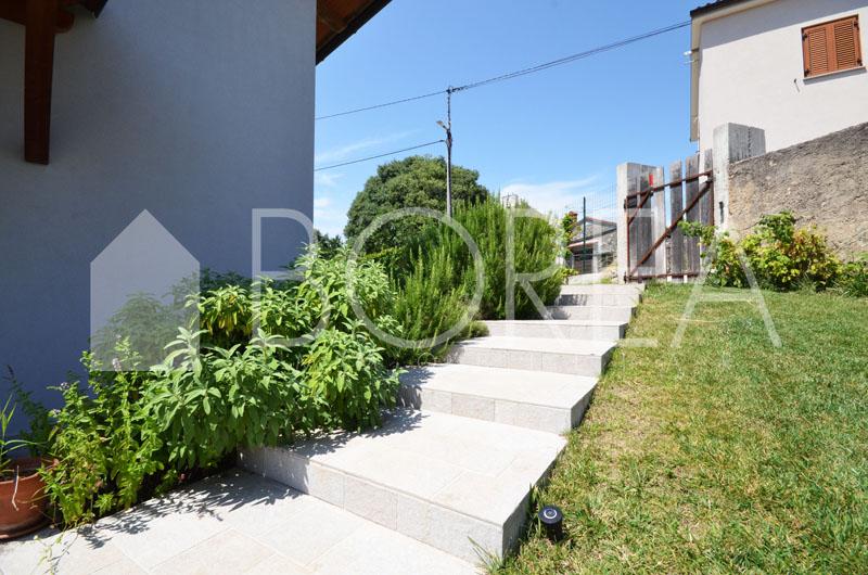 27_vendita-casa-carso-nel-verde-con-giardino-orto-box-auto