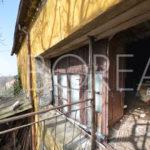14_casa_carsica-in-pietra-con-corte-vista-mare