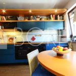 05_Casa-con-giardino-tre-stanze-duino-aurisina-cucina