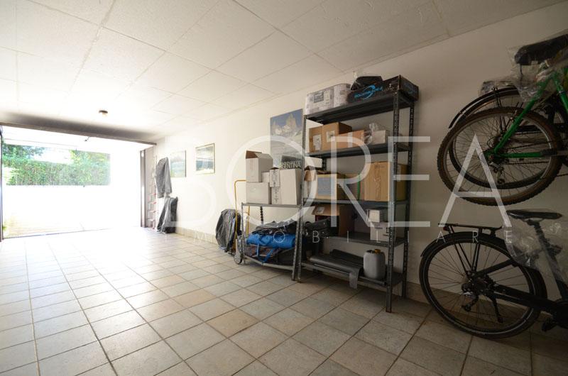 22_Casa-con-giardino-tre-stanze-duino-aurisina-box-auto
