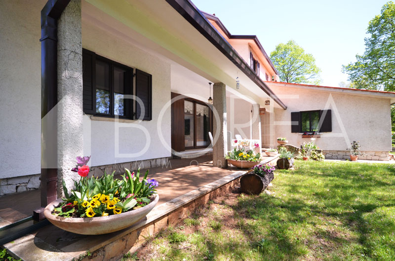 04_casa_vendita_giardino_comune_sgonico-1