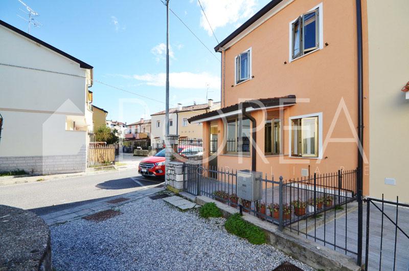 02_casa_con_giardino_in_vendita_duino_aurisina