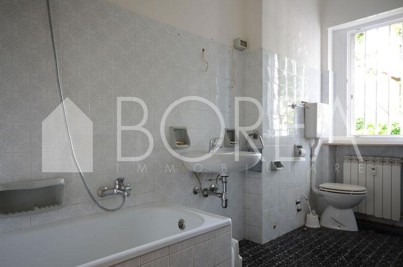 08_Duino_aurisina_appartamento_con_giardino_bagno