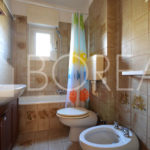 09_Duino_Aurisina_appartamento_con_giardino_bagno