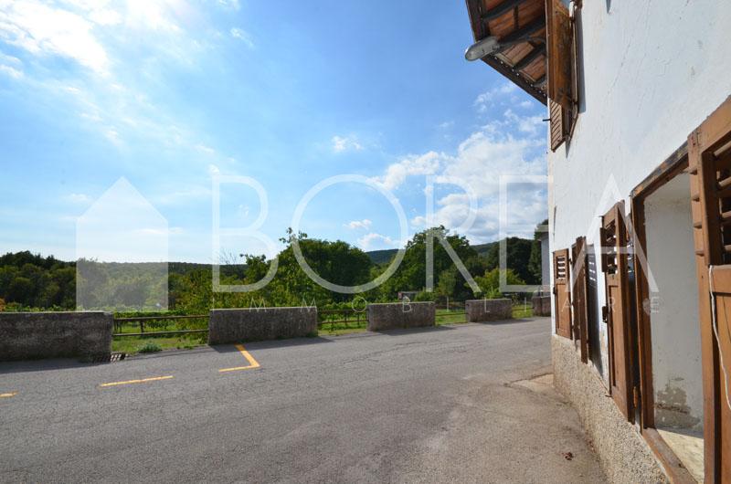 01_vendita-trattoria-duino-aurisina-trieste