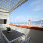 04_Trieste_attico_pregio_terrazza_vista_mare_soggiorno_1
