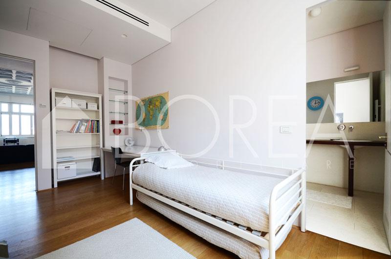 12_Trieste_attico_pregio_terrazza_vista_mare_stanza matrimoniale 2_1