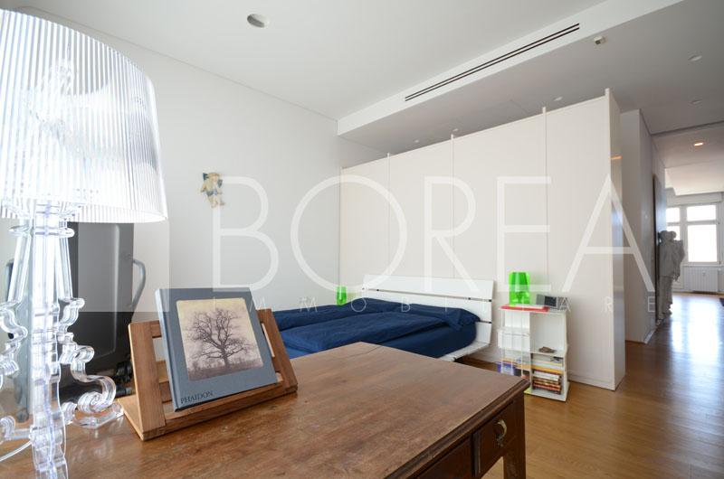 13_Trieste_attico_pregio_terrazza_vista_mare_dettaglio cucina_stanza suite_1