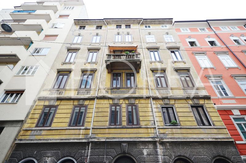 25_in-vendita-trieste-appartamento-tre-stanze