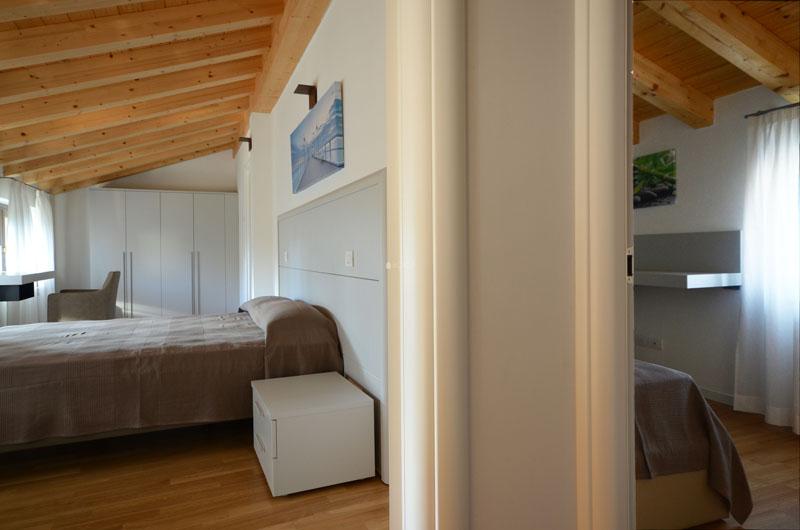 11-casa-con-giardino-primingresso-Duino-Aurisina-stanze