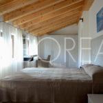 12-casa-con-giardino-primingresso-Duino-Aurisina-stanza-matrimoniale