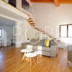 14-casa-con-giardino-02-primingresso-Duino-Aurisina-soggiorno-sala-pranzo
