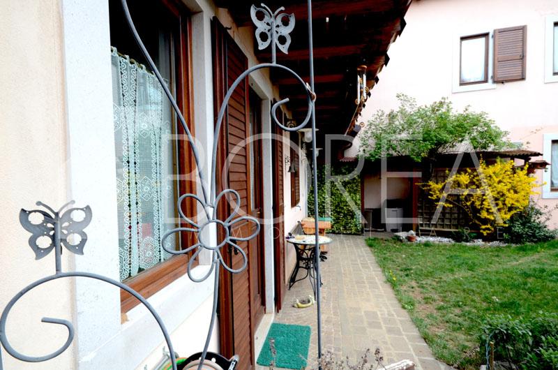 Duino_Aurisina_Trieste_villetta_con_giardino_cucina_esterno3