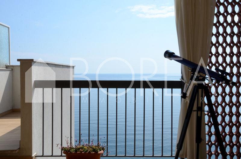 03_appartamento-vista-mare-terrazza-costiera-trieste