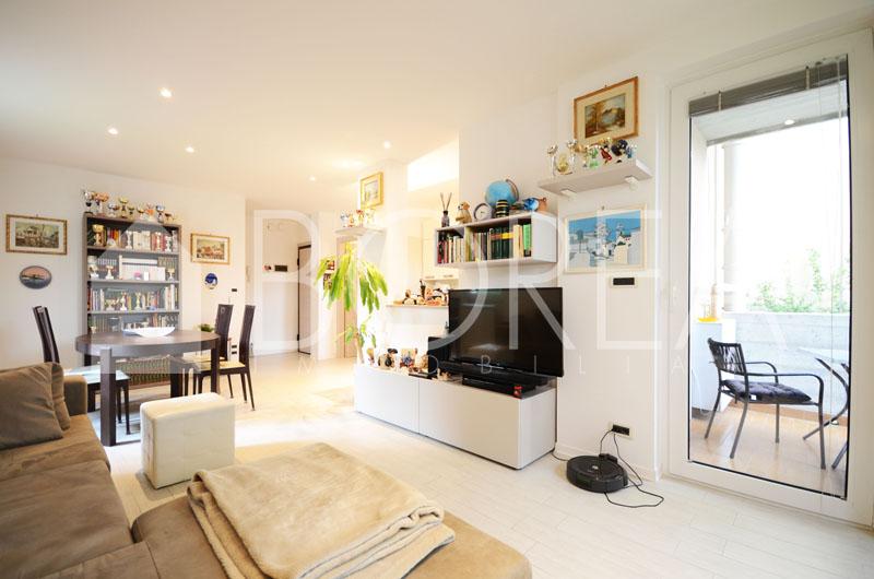 01_Duino-aurisina-appartamento-in-vendita-box-auto