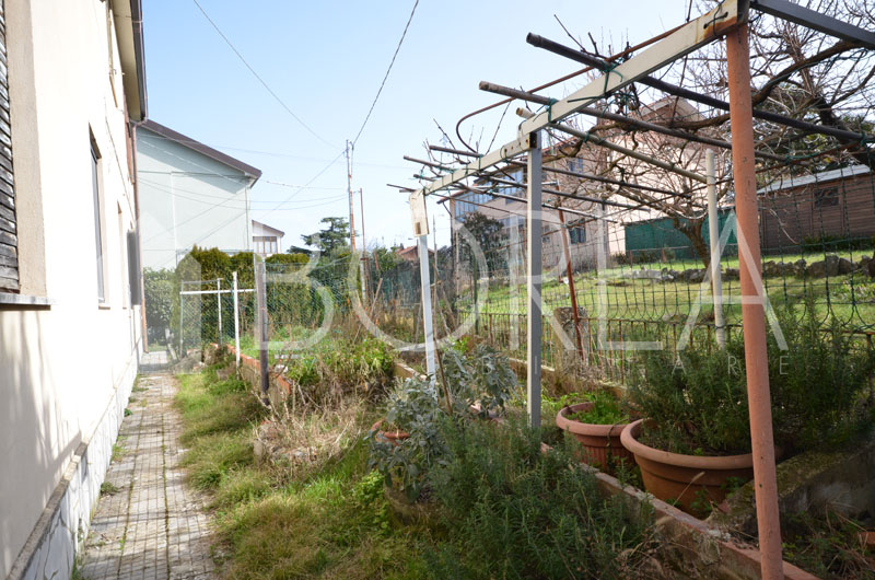 22_appartamento-con-corte-due-stanze-terrazza