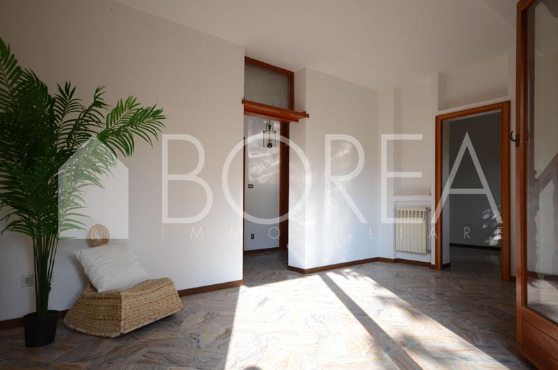 04_Duino_Aurisina_casa_con_giardino_in_vendita_atrio