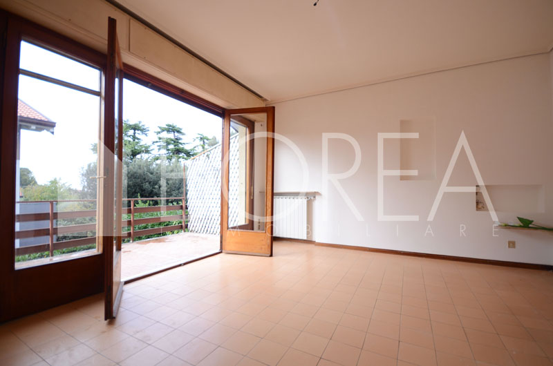 08_Duino_Aurisina_casa_con_giardino_in_vendita_soggiorno2
