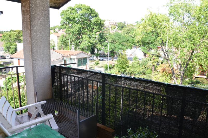 sistiana: appartamento con terrazze | borea immobiliare