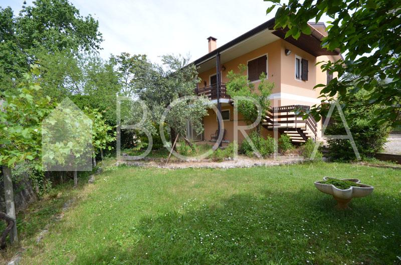 12_casa con giardino_sistiana_centro_