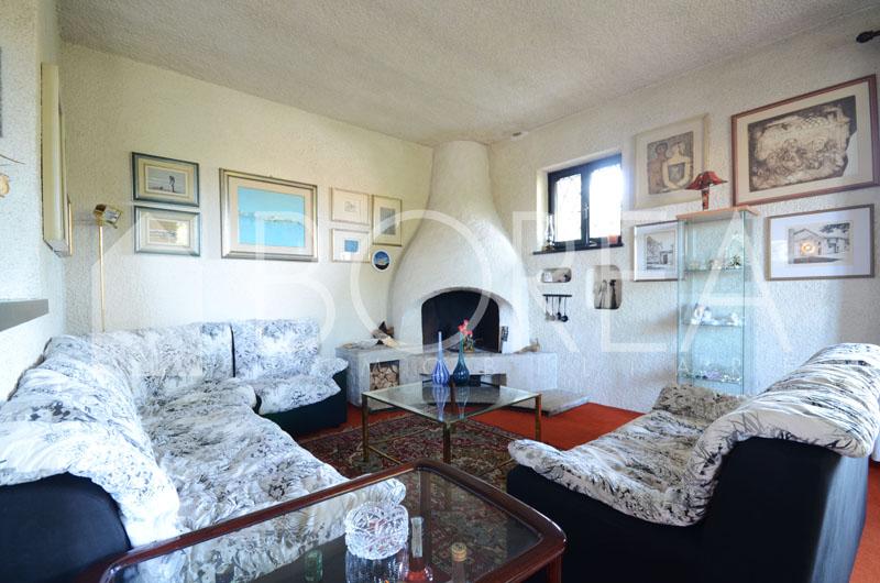 07_Duino_Aurisina_casa_con_giardino_soggiorno2