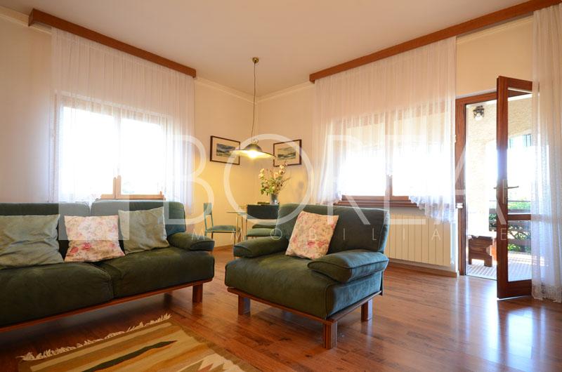 03_Duino_Aurisina_Sistiana_casa_con_giardino_soggiorno