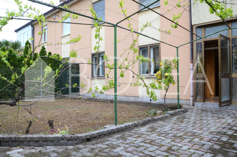 appartamento_con_giardino_due_stanze_duino_aurisina_sistiana1