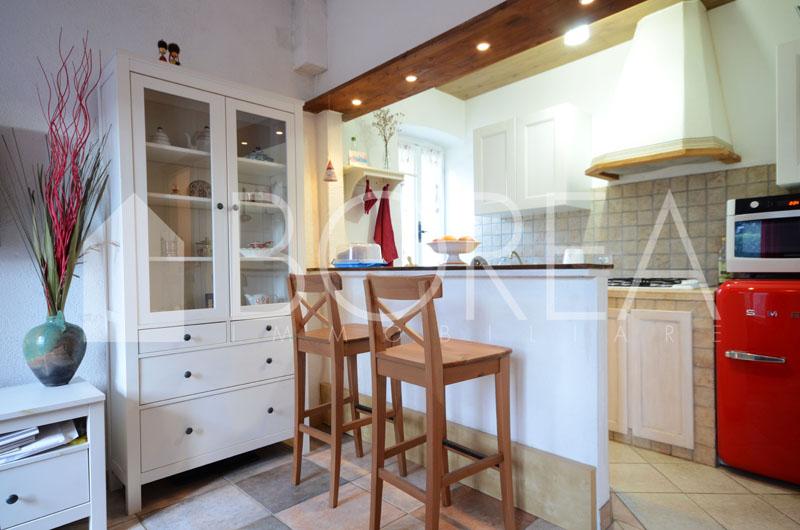 01_Duino_Aurisina_sistiana_appartamento_due_stanze_soggiorno_angolo_cottura
